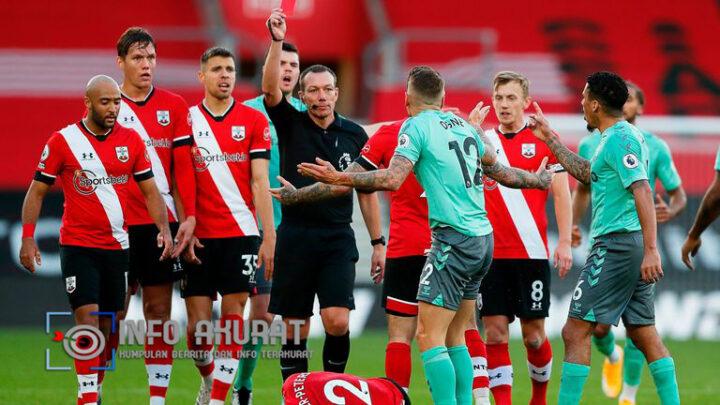 Southampton 2-0 Everton: Carlo Ancelotti berjanji akan mengajukan banding atas 'lelucon' kartu merah Lucas Digne