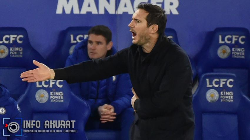 Lampard menegaskan dia bisa mengatasi tekanan setelah penampilan Chelsea yang lesu